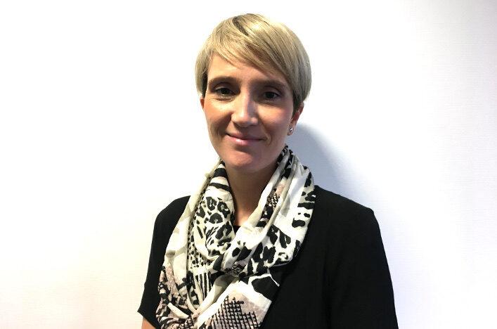 Headshot of Pamela Robson